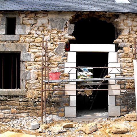 Rénovation et taille de pierre maçon à surzur