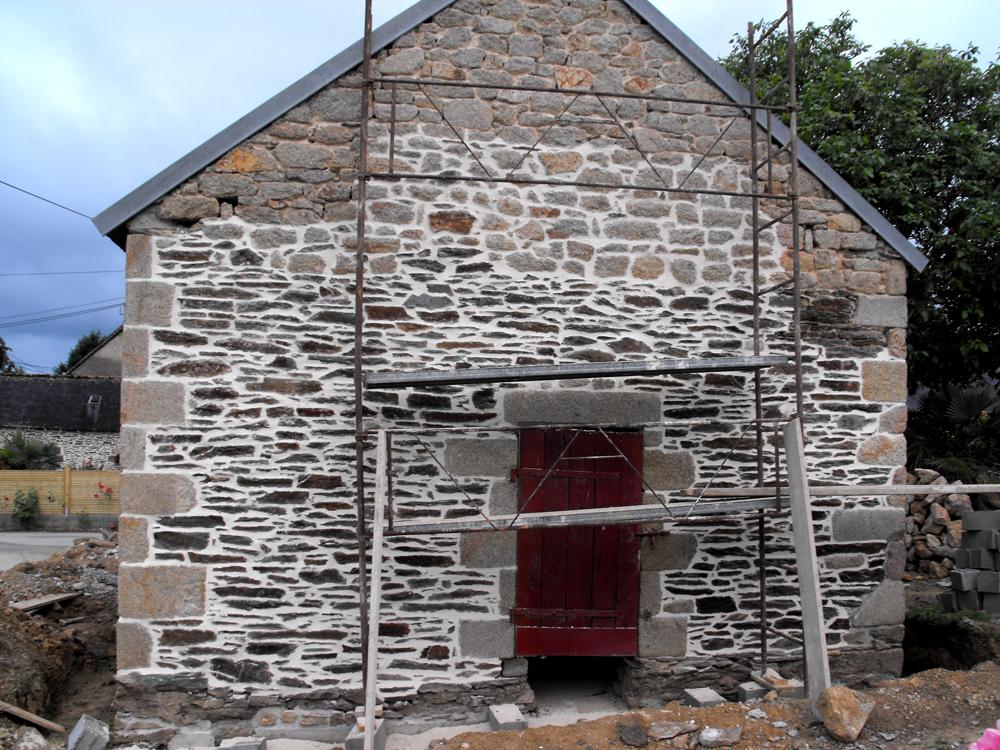 maçon à surzur rénovation maçonnerie pierres jyb4